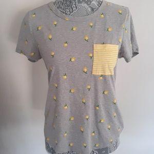 Tops - Lemon print tshirt